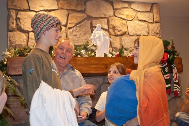 Family Nativity 1