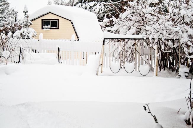 Play Under Snow