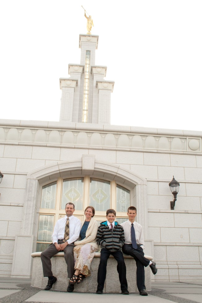 16 Columbia River Temple A&D Family